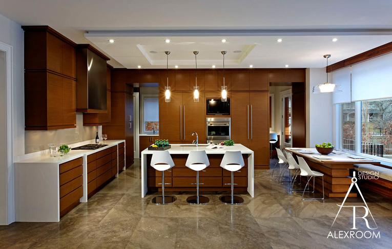 Современный дизайн кухни в коттедже